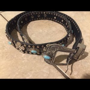 Accessories - Cute Turquoise and Rhinestone belt